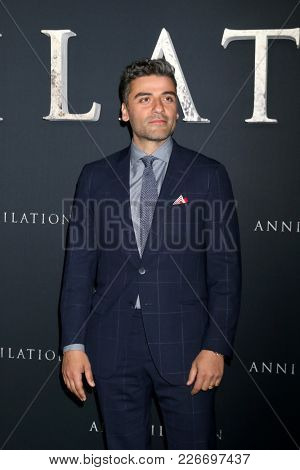 LOS ANGELES - FEB 13:  Oscar Isaac at the