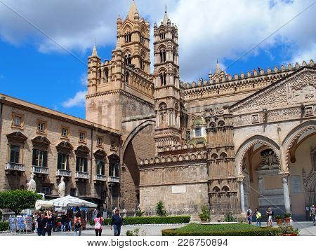 Palermo, Italy Europe On May 2016: Medieval Cathedral Church At Square In Center Of Italian City At