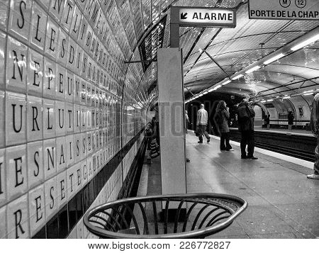 Paris, France - May 30, 2006: People Wait For Metro Train At Concorde Underground Station On May 30,
