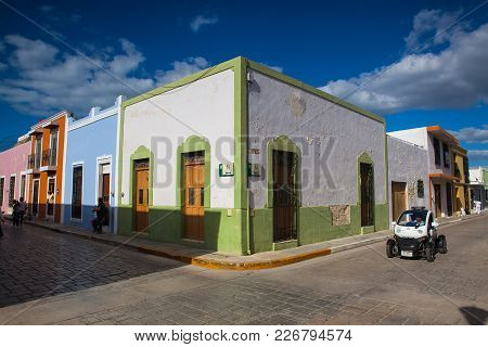 Campeche, Mexico - January 31,2018: Police Car On Typical Colonial Street In Campeche, Mexico. Histo