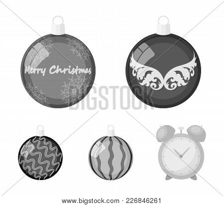 New Year's Toys Monochrome Icons In Set Collection For Design.christmas Balls For A Treevector Symbo