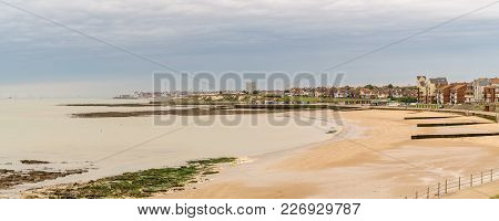 North Sea Coast And Beach In Westgate-on-sea, Seen From Birchington, Kent, England, Uk