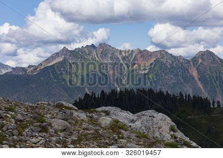 A Beautiful View Of The Cascade Mountain Range - Mount Baker Snoqualmie - From Artist Point