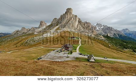 Ra Gusela Peak. Dolomites Mountains, Italia Beautiful.