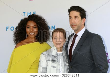 LOS ANGELES - OCT 6:  Angela Bassett, Gail Abarbanel, David Schwimmer at  The Rape Foundation's Annual Brunch at the Private Estate on October 6, 2019 in Beverly Hills, CA
