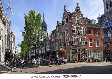 Delft, Netherlands - September 20, 2019: Idyllic View At The Corner Of Markt And Voldersgracht With