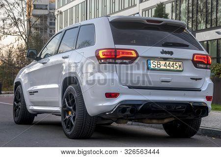 Warszawa,poland-november 2018: New Jeep Grand Cherokee Trackhawk 6.2 V8 717 Hp.presentation Of The C