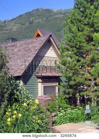 Tony Mountain Cottage