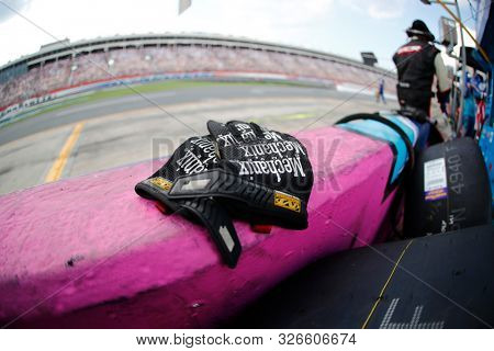 September 29, 2019 - Concord, North Carolina, USA: Mechanix gloves during the Bank of America ROVAL 400 at Charlotte Motor Speedway in Concord, North Carolina.
