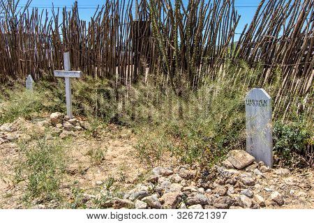 Tombstone, Arizona, Usa - May 1, 2019: Graves And Markers At The Famous Boothill Graveyard In Tombst