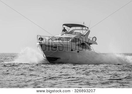 Male, Maldives - November 17, 2017: Speed Boat Fast Cruising In The Sea At Maldives, North Male Atol