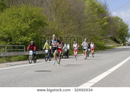 Male Leading Group