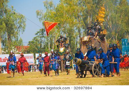 Thai King Enter Battle Elephant Saddle