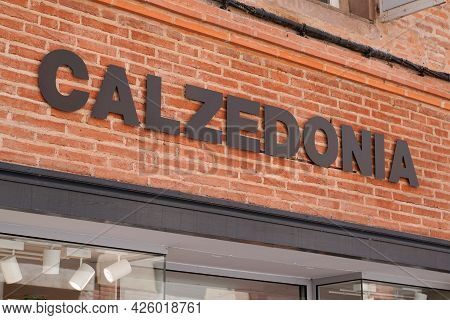 Toulouse , Ocitanie France  - 06 30 2021 : Calzedonia Logo Brand Shop Clothes Girls Women Store Text