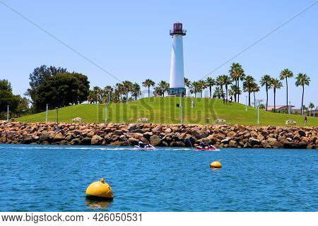 July 6, 2021 In Long Beach, Ca:  Lighthouse On A Hillside On A Manicured Park At Shoreline Village I