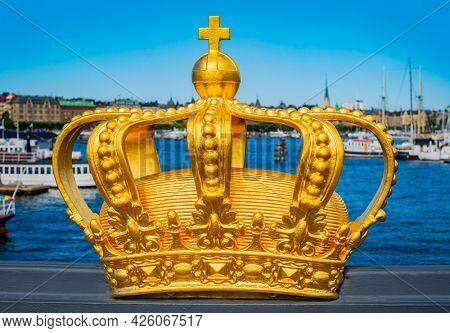 Crown on Skeppsholmsbron, Stockholm in summer