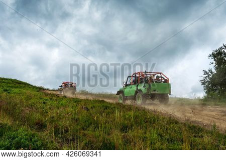 Mount Gymba. Carpathians. Ukraine. July 25. 2020. An Suv Climbs The Mountain With Tourists. Extreme