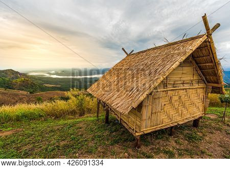 Landscape Images Of Bamboo Hut, Small Accommodation At High Mountains Which Fresh Air And Misty In T