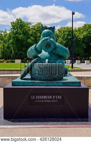 Bordeaux , Aquitaine France  - 07 04 2021 : Exhibition Le Chat Deambule The Cat Walks In Bordeaux Ci