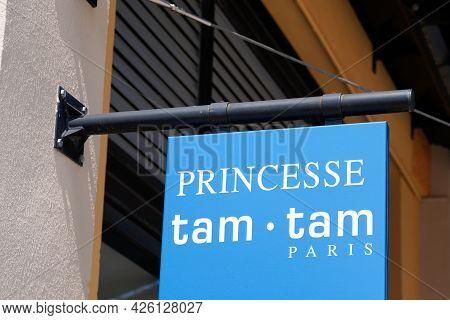 Montpellier , Ocitanie France  - 06 30 2021 : Princesse Tam Tam Shop Brand Logotext And Sign Brand F