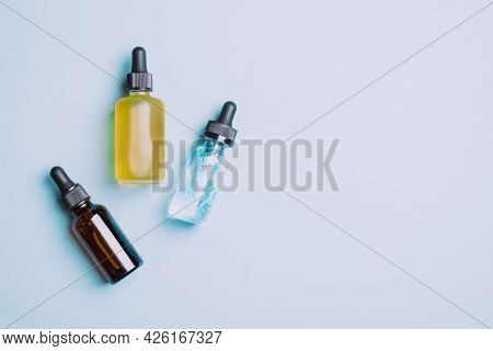 Cosmetic Products Gel Serum Lubricant Hyaluronic Acid With Oxygen Bubbles Glass Vials With A Pipette