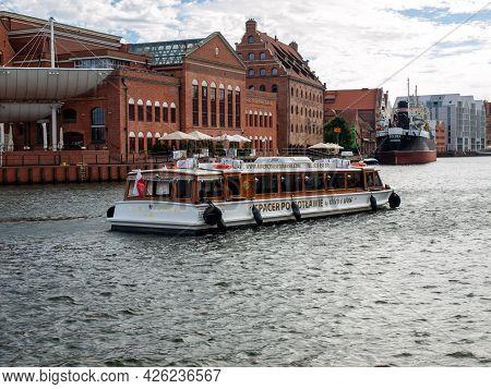 Gdansk, Poland - September 9, 2020: Tourist Cruise Ship On Motlawa River In Historical Old Town Of G
