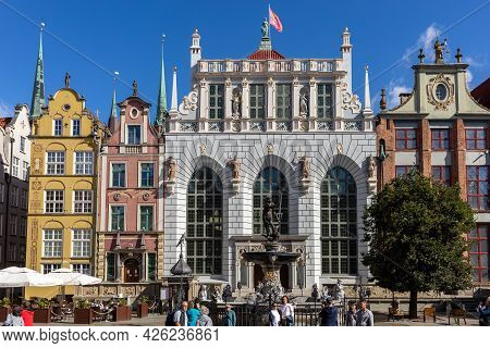 Gdansk, Poland - Sept 6, 2020: Neptune Fountain And Artus Court; At Long Market Street In Gdansk. Po