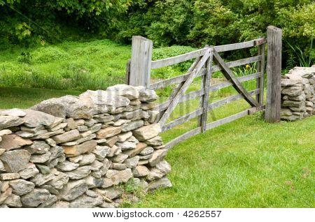 Fences Make Good Neighbors
