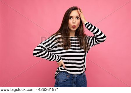 Photo Of Young Astonished Surprised Beautiful Brunette Woman With Sincere Emotions Wearing Casual St