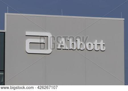 Westfield - Circa July 2021: Abbott Laboratories Manfacturing Facility. Abbott Laboratories Is A Hea