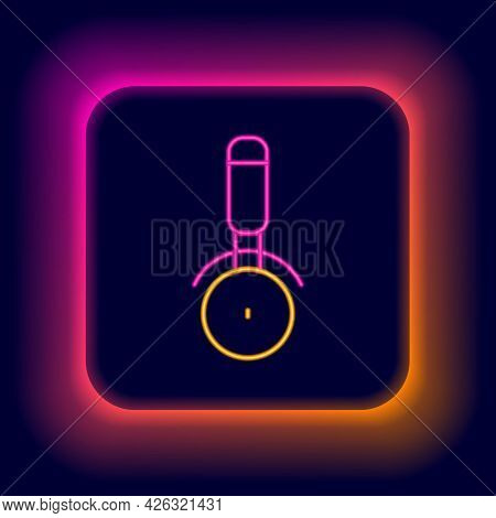 Glowing Neon Line Pizza Knife Icon Isolated On Black Background. Pizza Cutter Sign. Steel Kitchenwar