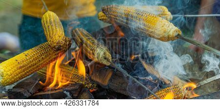 Grilled Corn On The Grill, Grilled Corn On Fire