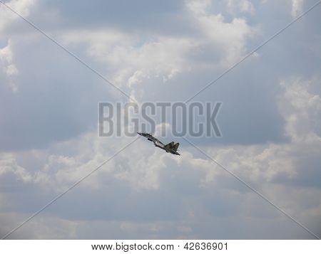 Fighter Su-35