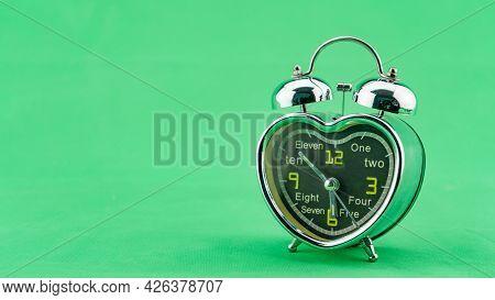 Beautiful Heart Alarm Clock On Green Screen Background Alarm Clock Face In Morning Time Minimal Alar