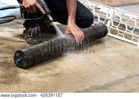 Cleaning Air Conditioner By Water For Clean A Dust