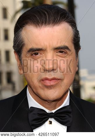 LOS ANGELES - JUN 12: Chazz Palminteri arrives to  AFI Lifetime Achievement Award honoring Robert DeNiro on June 12, 2003 in Hollywood, CA