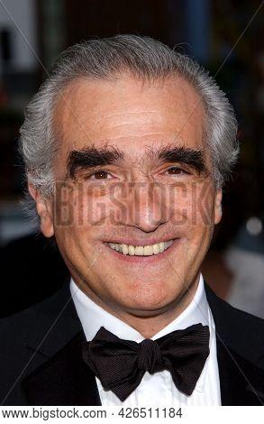 LOS ANGELES - JUN 12: Martin Scorsese arrives to  AFI Lifetime Achievement Award honoring Robert DeNiro on June 12, 2003 in Hollywood, CA