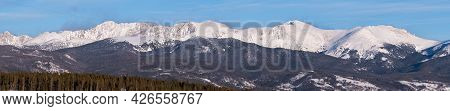 Mid Winter Snow On The Indian Peaks Mountain Range, Provides A Dramatic Backdrop To The Towns Of Fra