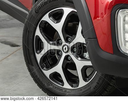 Novosibirsk, Russia - June 29, 2021: Renault Kaptur, Car Wheel With Alloy Wheel And New Rubber On A