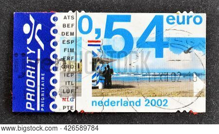 Netherlands - Circa 2002 : Cancelled Postage Stamp Printed By Netherlands, That Shows Beach, Circa 2