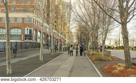 Hoboken, Nj, Usa - April 26,2018 : People Walking In Pier A Park At Twilight Time In Hoboken, Nj, Us