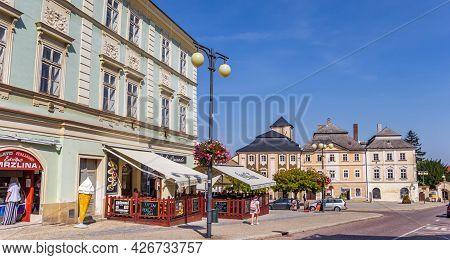 Kutna Hora, Czech Republic - September 14, 2020: Panorama Of The Main Square Of Kutna Hora, Czech Re