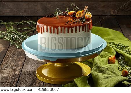 Whole Honey Cake With Cheese Cream And Caramel Sauce