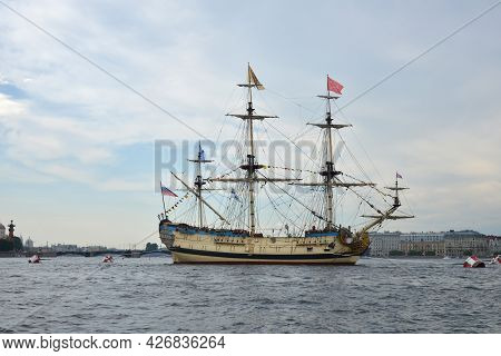 St. Petersburg, Russia - July 21, 2020: Sailing Ship On A Naval Parade On The Neva River In St. Pete