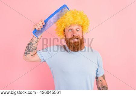 Doubter Man With Beard, Yellow Peruke And Big Comb