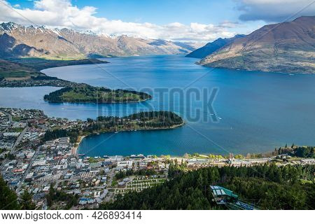 The Spectacular Landscape Of Lake Wakatipu And Mountains In Queenstown, New Zealand View From Queens