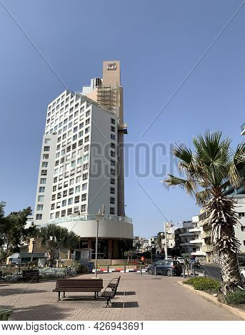 Tel-aviv, Israel - May 05, 2021: King David Hotel On The Waterfront Of Tel Aviv
