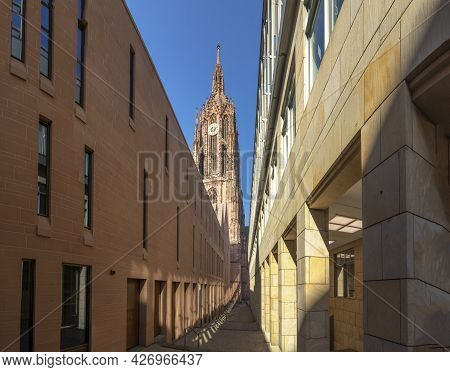 Frankfurt, Germany - June 13, 2021: View To The Old Cathedral In Frankfurt With The New Building Of