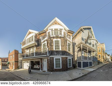Newport, Usa - September 23, 2017:  Old Wooden Houses At Historic Hill In Newport, Usa.