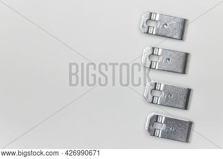 Repair Kit For Brakes, Four Metal Plates - Clips On The Side. Set Of Spare Parts For Car Brake Repai